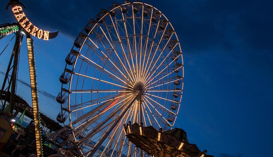 Gilligan's Wonderland Pier Ferris Wheel | Edwin under a CC 2.0 license.