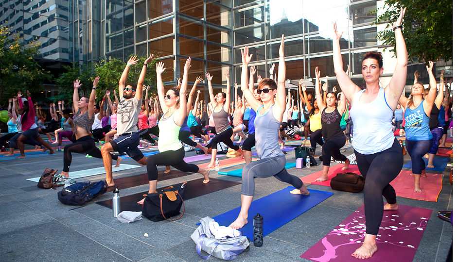 Be Well Philly's Summer Yoga Flow | Photo by Susan Nam