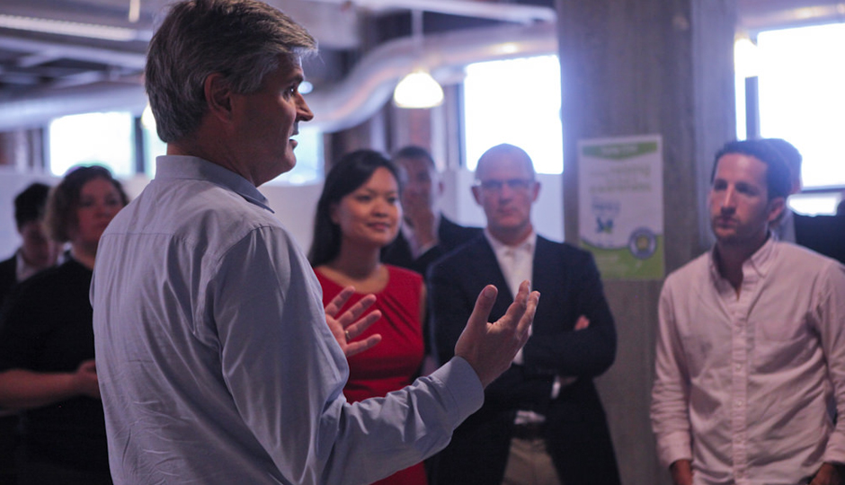 Steve Case talking to a group of entrepreneurs in Detroit during a previous Rise of the Rest tour. (Photo courtesy of Revolution.)