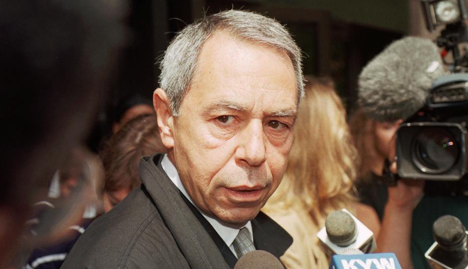 Defense attorney Joseph Santaguida in 1999 (AP Photo/Chris Gardner)