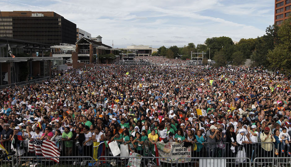 A crowd fills the Independence Mall as Pope Francis speaks in front of Independence Hall, Saturday, Sept. 26, 2015 in Philadelphia. (AP Photo/Alex Brandon)