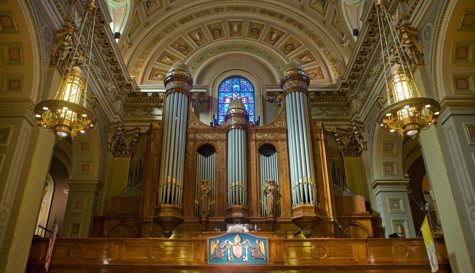 basilica_organist