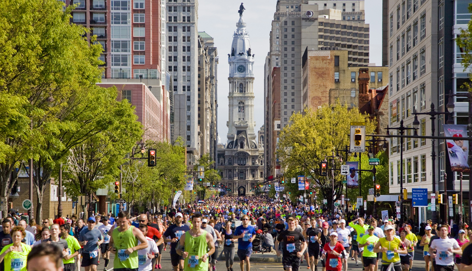 Broad Street Run | Photo by M. Edlow for VISIT PHILADELPHIA