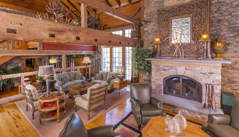 Photos courtesy of Gloria Nilson & Co. Real Estate