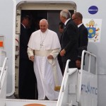 pope-arrival-exiting-jeff-fusco-940x540