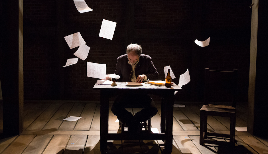 Eric Hissom as Shag | Photo by Mark Garvin.