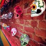 La-Casa-de-tu-Madre-skulls-400