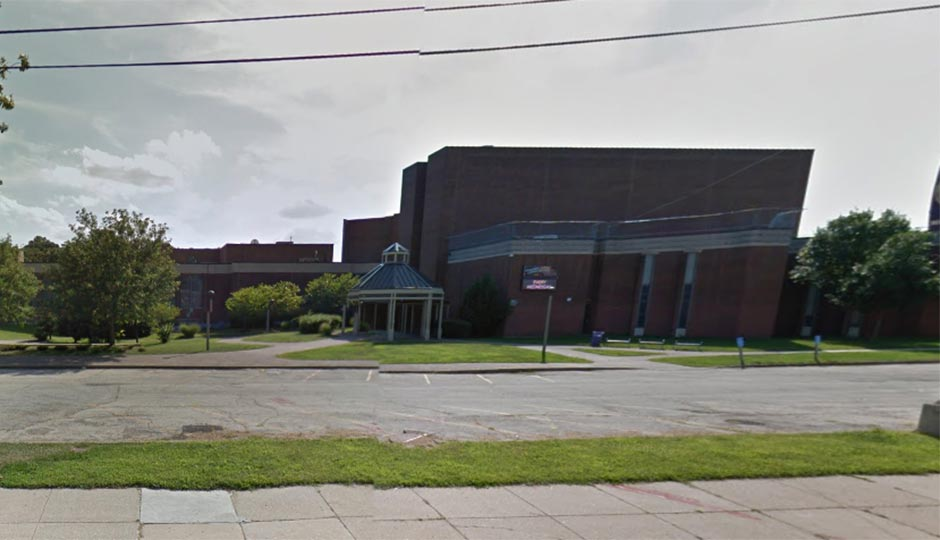 Martin Luther King High School. Image via Google street view.