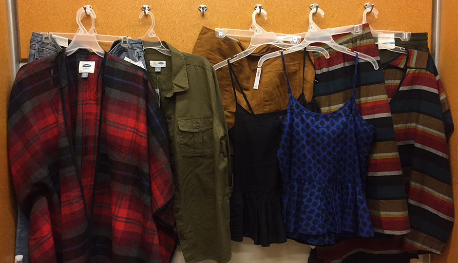 69a6898be469 Is It Possible to Shop at Old Navy and Still Be Fashionable