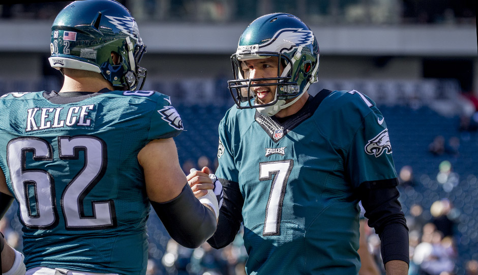 Jason Kelce, Sam Bradford. (Jeff Fusco)