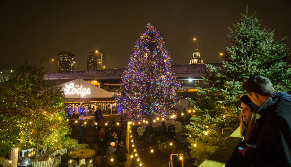 Blue Cross RiverRink Winterfest. Photo by Matt Stanley