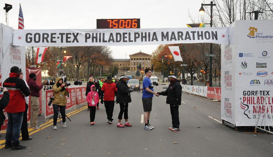 Steve Clark at the finish line with Philadelphia Mayor Michael Nutter | Photo courtesy Philadelphia Marathon/Island Photography