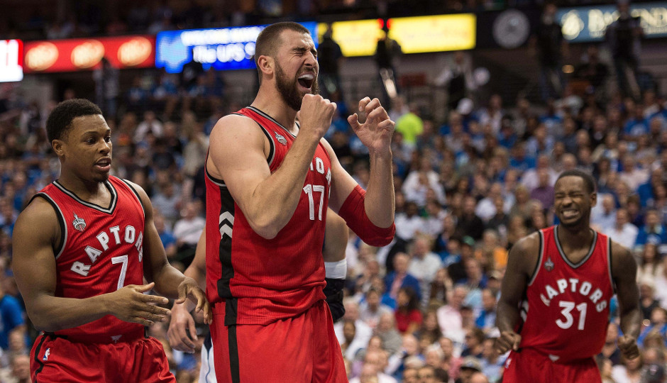 The Philadelphia 76ers will look for their first win of the season when they take on Jonas Valanciunas, Kyle Lowry, and the Toronto Raptors | Jerome Miron-USA TODAY Sports