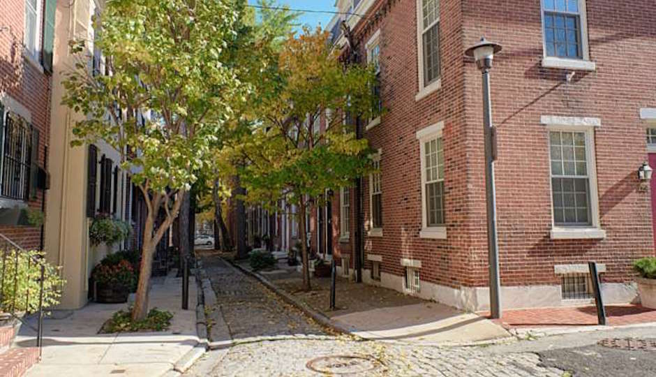 Where Bradford's Alley meets South Franklin Street | TREND images via BHHS Fox & Roach