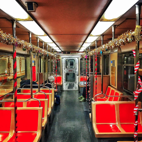 The Santa Express is in full effect | Image: @fleming.philly.photog