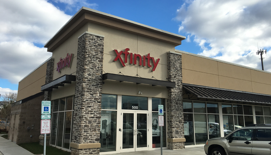 Comcast XFINITY bundle packages offer you the best in TV, Internet, and home phone for one low price. Call to find deals in your area.