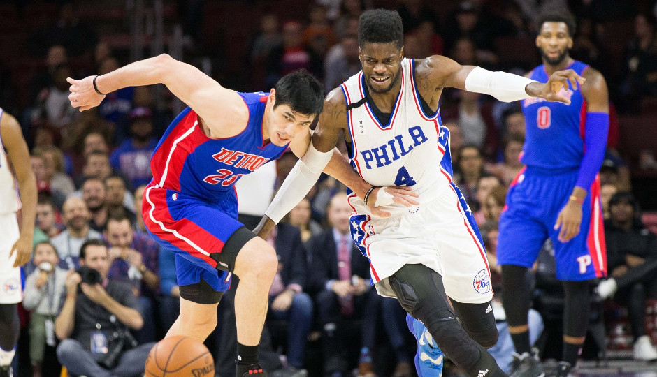 Sixers center Nerlens Noel fights for the ball as the Sixers fell to the Detroit Pistons 107-95 | Bill Streicher-USA TODAY Sports