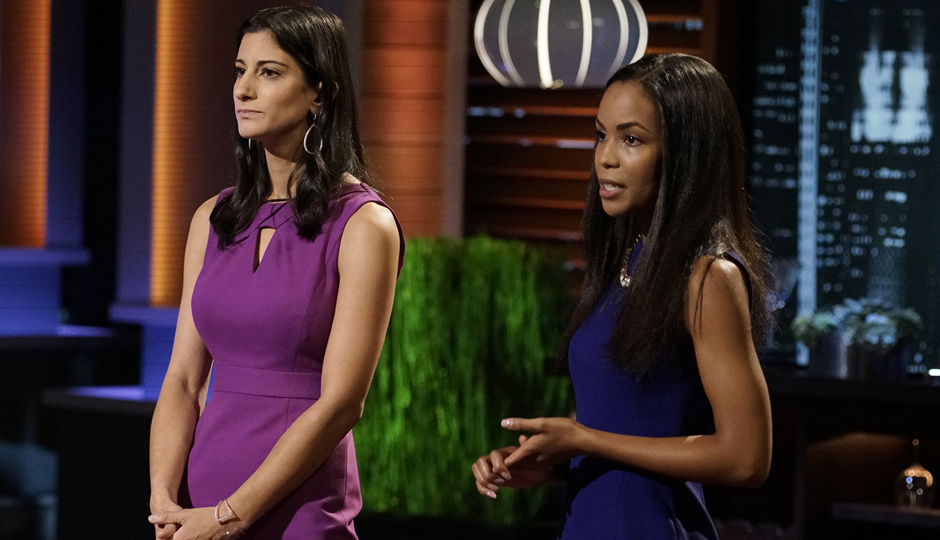 Jess Edelstein (left) and Sarah Ribner of Piperwai in the Shark Tank. (ABC/Michael Desmond)