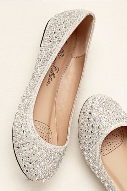 Photos 10 Pretty Flats For Brides Who Don T Want To Wear