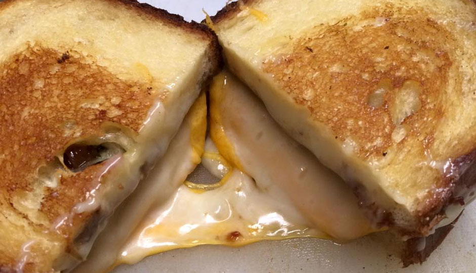 1st-ward-grilled-cheese-940