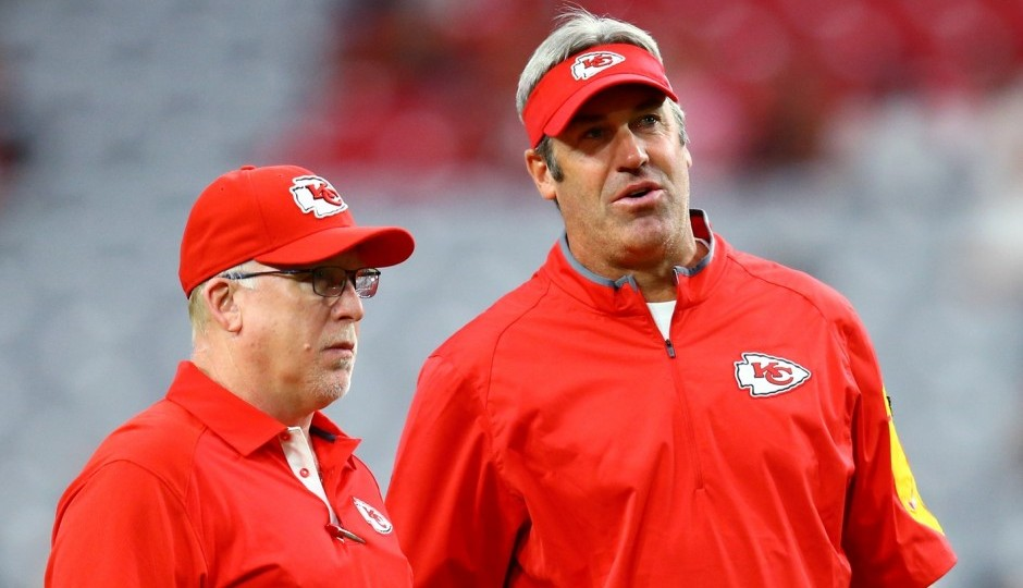 Chiefs tight ends coach Tom Melvin and Doug Pederson. (USA Today Sports)