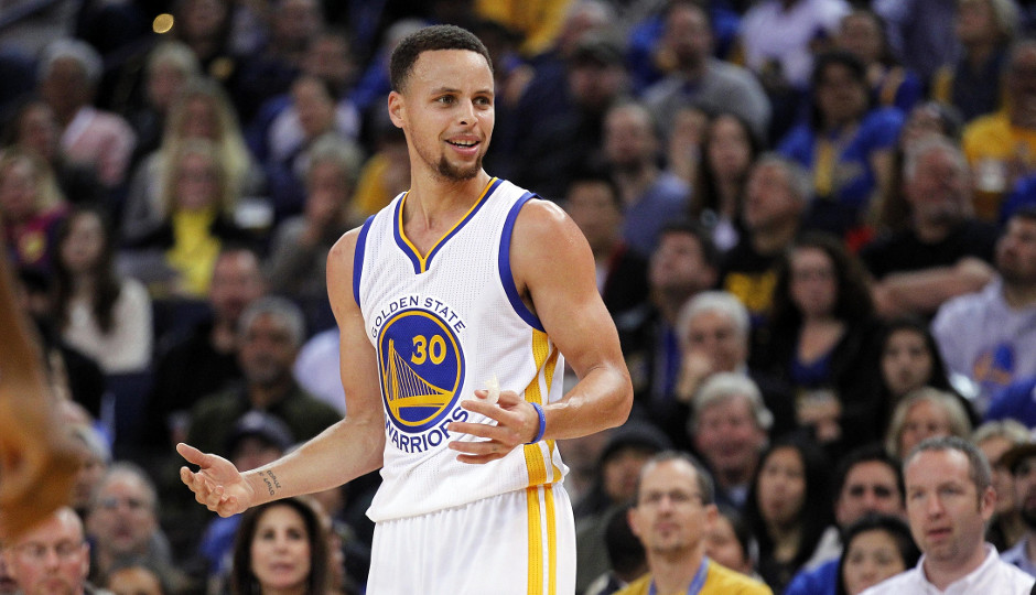 The Sixers will attempt to slow down Steph Curry and the 42-4 Golden State Warriors today at the Wells Fargo Center   Cary Edmondson-USA TODAY Sports