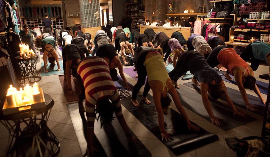 Candlelight sunrise yoga at Lululemon   Photo by Susan Nam