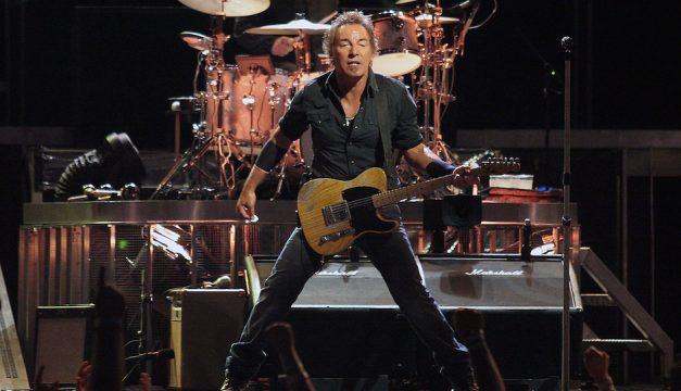 i-hate-bruce-springsteen-sucks