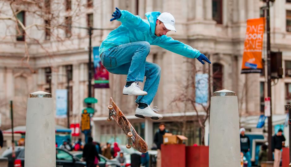 love park skaters B80E5724