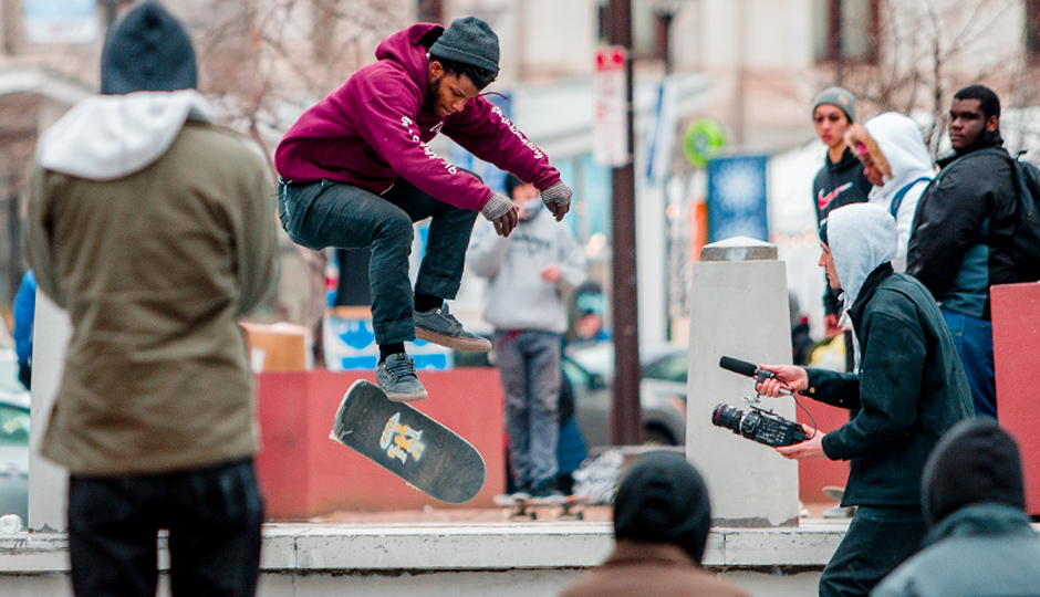 love park skaters B80E5948