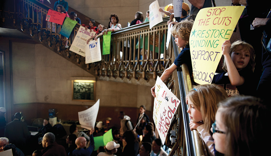 Schoolkids appeal for more funding at City Hall. | Photo courtesy of Bastiaan Slabbers.