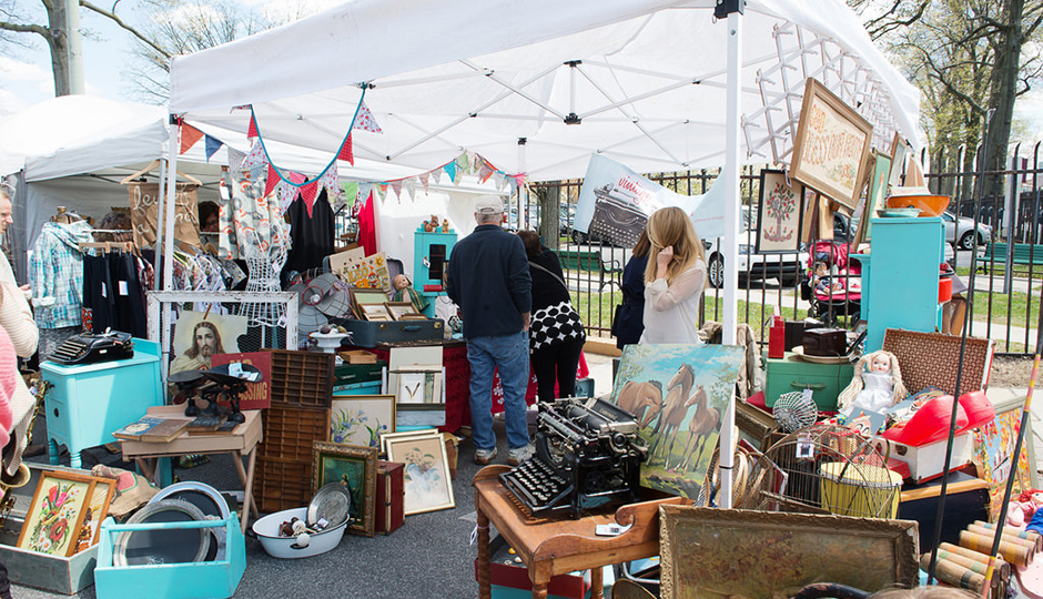 Spring and Summer Flea Markets in Philadelphia: Clover Market