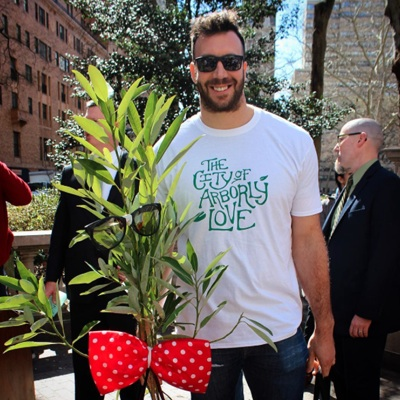 Connor Barwin with what could be your future tree, Bud.   Photo via Instagram