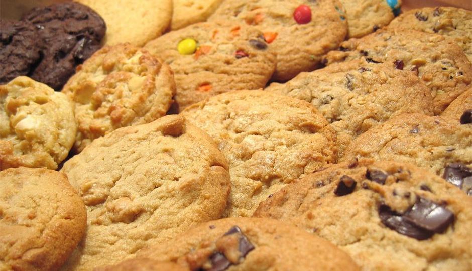 insomnia cookies 940