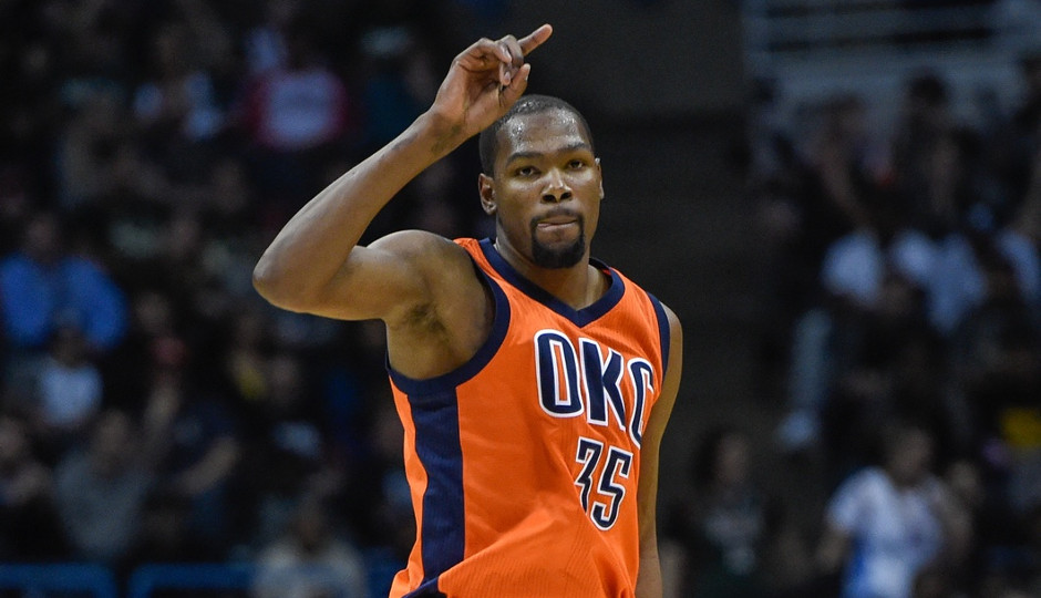239da6ed237 The Sixers will host Kevin Durant and the Oklahoma City Thunder tonight at  the Wells Fargo