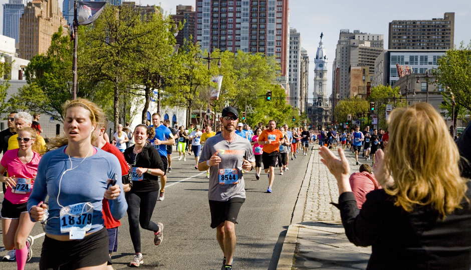 Broad Street Run | Photo by M. Edlow for VISIT PHILADELPHIA™