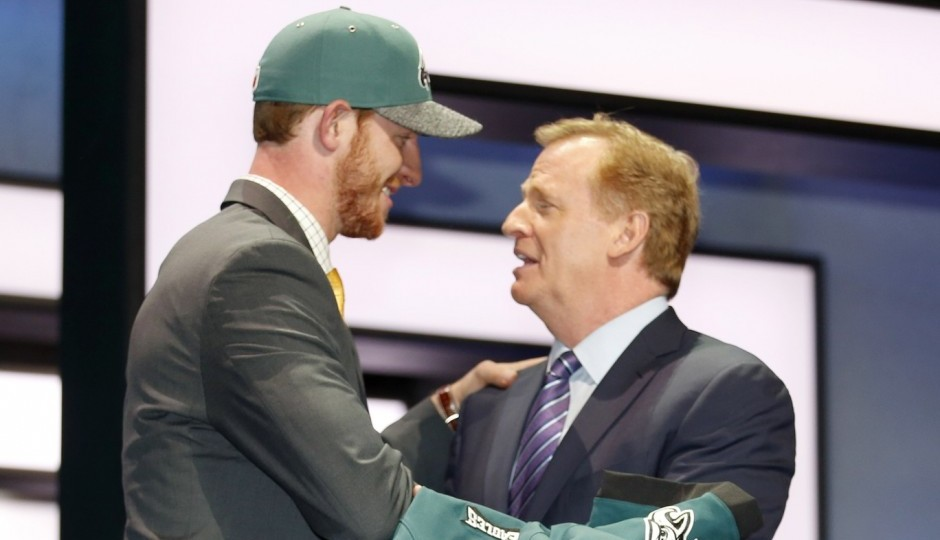 Carson Wentz and Roger Goodell. (USA Today Sports)