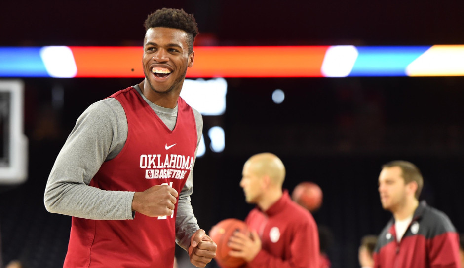 Oklahoma guard Buddy Hield could be a possibility for the Sixers in the 2016 NBA draft | Bob Donnan-USA TODAY Sports