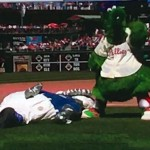 Phillie Phanatic vs. Tommy Laswordfish