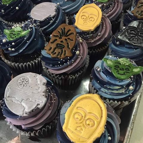 Kermit's Bake Shoppe is offering these Star Wars cupcakes today.
