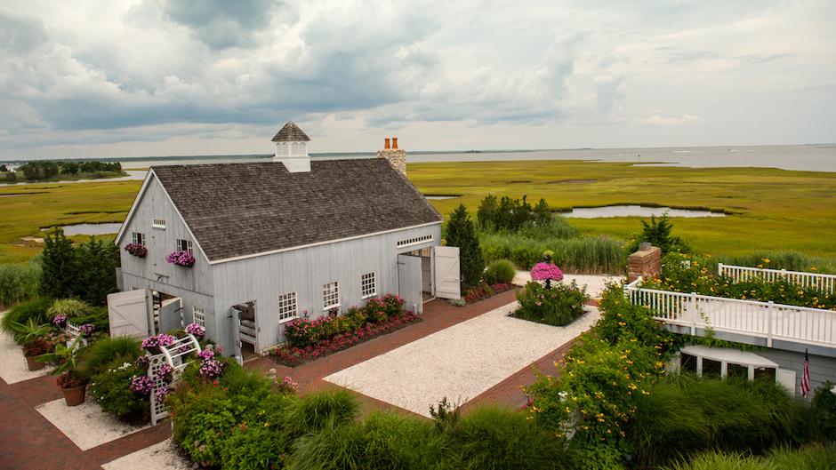 Best Jersey Shore Wedding Venues: Bonnet Island Estate | Photo by Steven E. Smyth