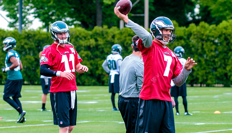 Carson Wentz and Sam Bradford. (Jeff Fusco)