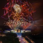 July 4th fireworks over the Philadelphia Museum of Art. Photo by G. Widman for Visit Philadelphia