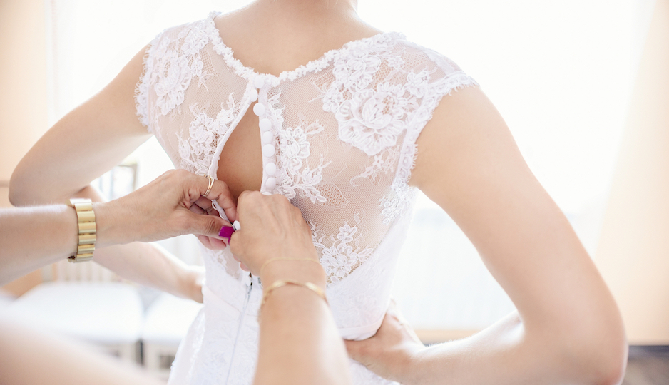 These are the undergarments you should wear underneath for Undergarments for wedding dress