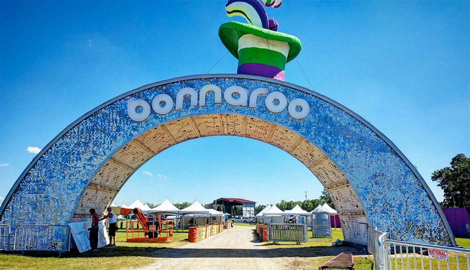 The Bonnaroo Music Festival entryway | Photo by Nikolaus Freedman