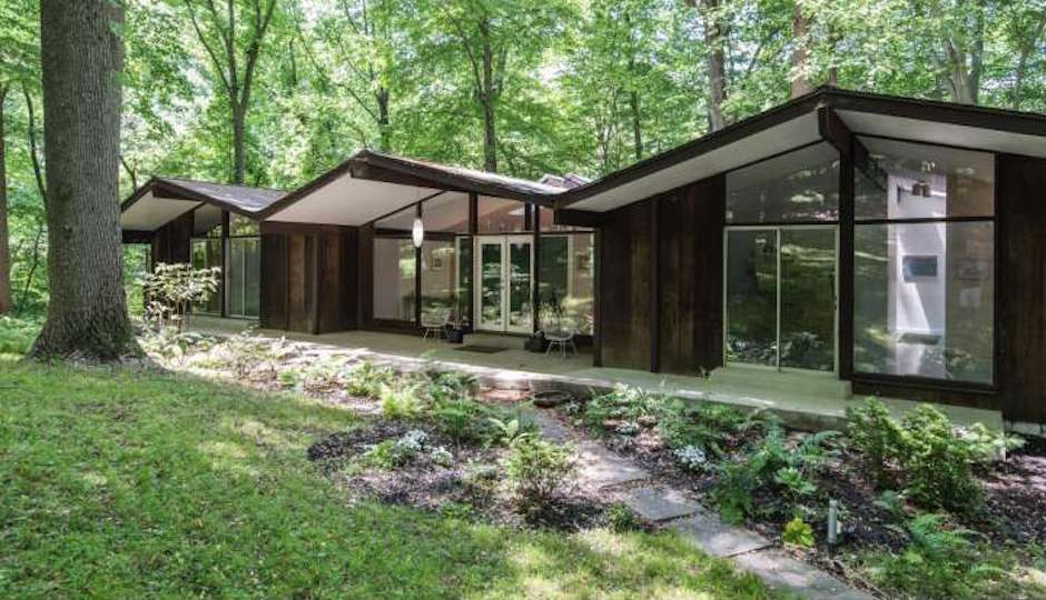 Fabulous Main Line Monday A Woodsy Midcentury Modern Retreat In Penn Home Interior And Landscaping Palasignezvosmurscom