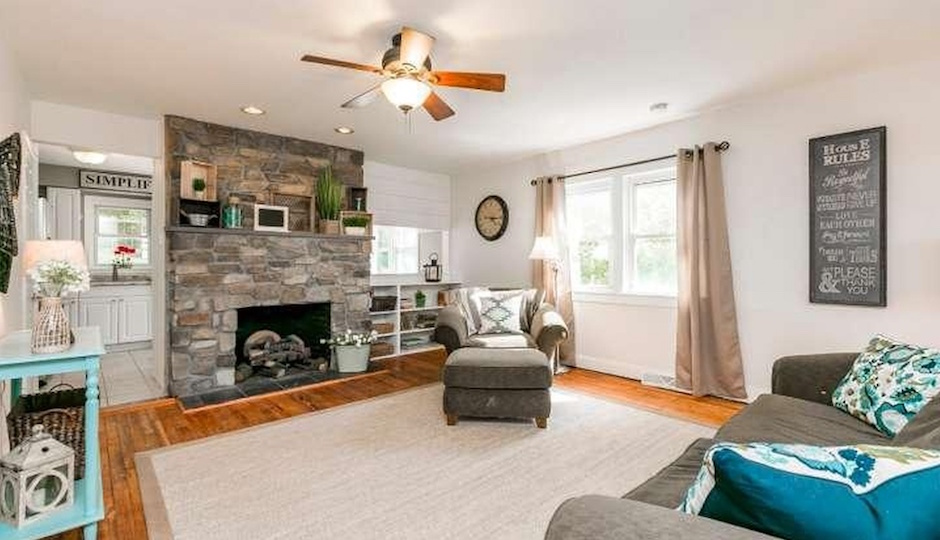 93 Woodland Ave., Schwenksville, Pa. 19473   TREND Images from Coldwell Banker Preferred