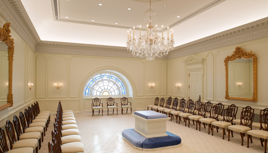 """The """"sealing room"""" in the temple, where Mormon couples are joined together for eternity. 