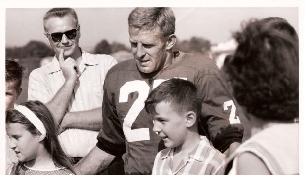 1ba1ed71b 5 Questions With Eagles Great Tommy McDonald