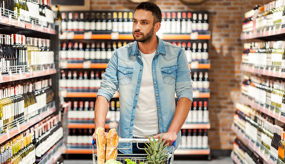 wine-grocery-store-iStock_75565023-940